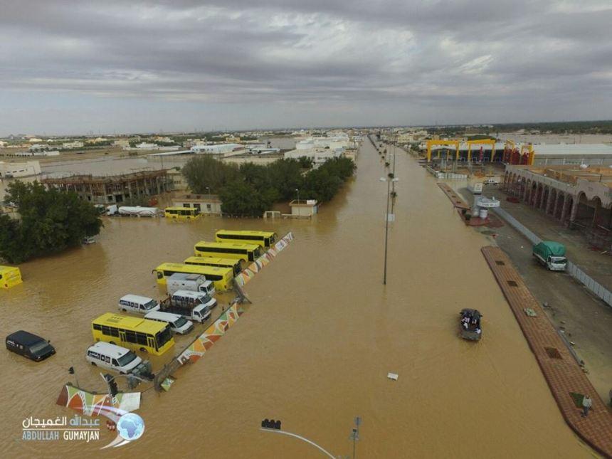 banjir-di-arab